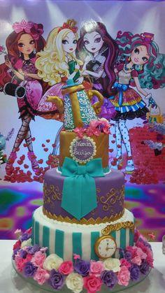 Ever After High para Maria Luiza Festa Monster High, Monster High Cakes, Monster High Birthday, Monster High Party, Fairytale Birthday Party, 10th Birthday Parties, Princess Birthday, 13th Birthday, Ever After High