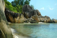 La Digue, Seychelles Beautiful World, Beautiful Places, Amazing Places, Seychelles Islands, Beach Scenery, Reserva Natural, Nature Scenes, The Good Place, Travel Destinations