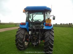 Find great deals of Used Farm Tractors For Sale amongst ads by private parties and dealers on Agriaffaires UK. Used Farm Tractors, Tractors For Sale, New Holland, Pictures, Photos, Photo Illustration, Resim, Clip Art