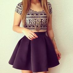 How to Chic: GET THE BLOGGER LOOK - HIGH WAISTED SKIRT
