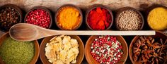 5 6 Healthy (And Delicious) Homemade Spice Blends Homemade Spice Blends, Homemade Spices, Clean Eating Tips, Eating Habits, Healthy Cooking, Healthy Eating, Anti Inflammatory Herbs, Detox Tips, Butter Chicken
