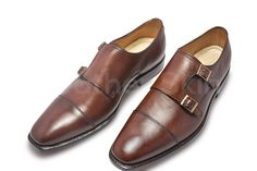 Check out Men's Footwear & Leather Boots By leather skin shop found out the Latest style and for quality leather, Shop Your favorite leather jackets and save big. Brown Leather Shoes, Handmade Leather Shoes, Leather Skin, Best Shoes For Men, Men S Shoes, Derby Shoes, Fall Shoes, Formal Shoes, Fashion Boots