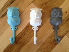 Hey, I found this really awesome Etsy listing at http://www.etsy.com/listing/130599371/cast-iron-owl-hook