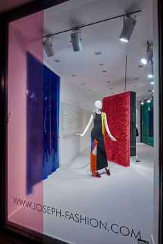 """JOSEPH,London,UK, """"Strong Fashion Ties"""", (122,640 cable ties), creative by Harlequin Design, pinned by Ton van der Veer"""