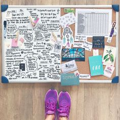 Creating A Vision Board, School Study Tips, Magic Box, Inspiration Boards, Board Ideas, Goals Planner, Paint Colors For Living Room, Some Ideas, Collage