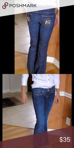 """bebe Jeans EUC Flared leg. 8"""" rise; 32"""" length; flare 9"""". 98% cotton; 2% spandex. No fraying. Medium was color. bebe Jeans Flare & Wide Leg"""