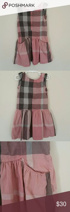 Burberry Children Girl Dress 6y Very cute spring/summer girl's dress. Gently used. Has 2 cute front pockets and 4 buttons. 100% cotton. Burberry Dresses Casual