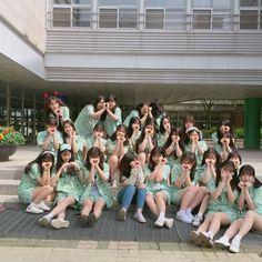 Ulzzang Korean Girl, Ulzzang Couple, Joker Hd Wallpaper, Korean Best Friends, Girl Friendship, Fantasy Gowns, Western Girl, Girl Couple, Korean Couple