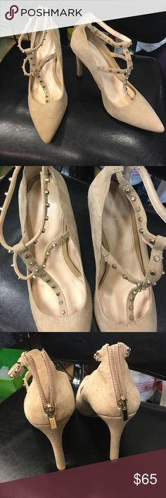 Studded heels New with tag on bottom $99.00 it's a suede/leather tan color with silvery gold studs never been worn Banana Republic Shoes Heels
