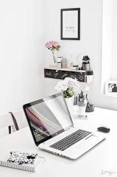 home office: clean, simple and feminine