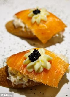 GQ's Europe Travel Guide: Get away to San Sebastian for these tasty hors d'oeuvres Tapas, Europe Travel Guide, Best Places To Eat, Smoked Salmon, Gq, The Good Place, Brunch, Dishes, Grubs