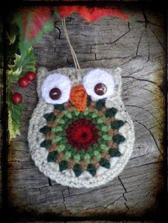 Crochet Owl, Primitive Christmas Ornament, Christmas Gift Tag