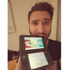 I can resist I can resist I can resist.... or not  #pokemon #red #blue #childhood #thanks #geek #game #gamer #nintendo #new #3ds #nolife #nerd #instageek #selfie #me by julnsane