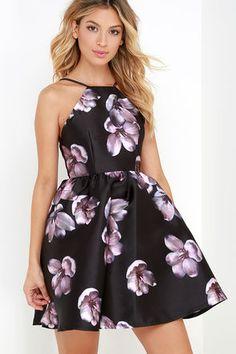 Botanical Bliss Black Backless Floral Print Dress at Lulus.com!