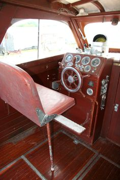Chris Craft 35' Commander