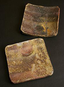 Kitaoji Rosanjin Bizen Japanese Ceramics, Japanese Pottery, Japanese Art, Plate Presentation, Sushi Plate, Square Plates, Ceramic Plates, Clay Pots, Wabi Sabi