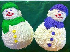 Christmas snowman cakes.