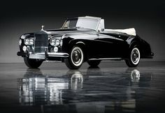 """I'm amused all over again at the car my """"chauffeur"""" chose: a black 1930s Rolls Royce Silver Cloud. Who rides around in such a thing?  Well, I guess... me."""