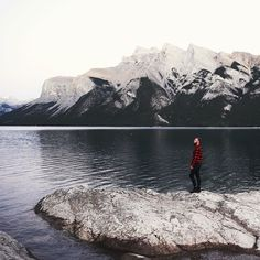 Canada. Lake Minnewanka by @samciurdar #livefolk #liveauthentic @folkmagazine