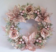 50 Rose Gold Christmas Decor Ideas so that your home tells a Sweet Romantic Stor. - 50 Rose Gold Christmas Decor Ideas so that your home tells a Sweet Romantic Story – ribbon wreaths {hashtags - Rose Gold Christmas Decorations, Rose Gold Christmas Tree, Shabby Chic Christmas, Beautiful Christmas, Christmas Crafts, Christmas Ideas, Champagne Christmas Tree, Christmas Christmas, Xmas Decorations