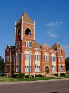 Cedar County Courthouse - Hartington, Nebraska