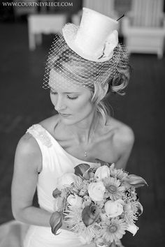 Wedding bridal top hat with birdcage veil