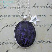 Violetti-musta ovaali 15€