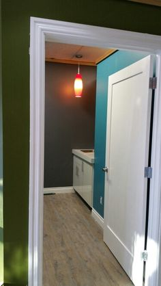 New piercing room! New colors Tribal Expression, Bathroom Medicine Cabinet, Piercing, Colors, Pictures, Design, Photos, Colour, Piercings