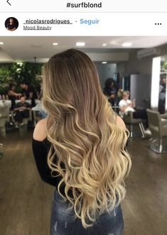 Pin by Kelsey Schoen on Hair in 2019 Brown Hair Balayage, Brown Blonde Hair, Hair Color Balayage, Hair Highlights, Gorgeous Hair Color, Beautiful Long Hair, Cabello Hair, Blonde Hair Looks, Dyed Hair