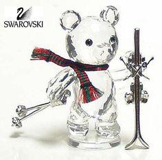 Swarovski Clear Crystal Figurine KRIS BEAR WITH SKIES #234710