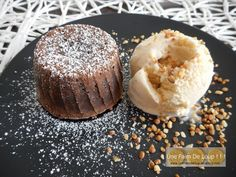 Fondant au chocolat cœur coulant au speculoos - Une Faim De Loup ! ! ! Cheesecake, Saveur, Doughnut, Muffins, Breakfast, Desserts, Chocolate Fondant, Grout, Cooker Recipes