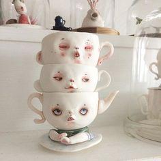 "#Repost @dollechka ・・・ ""Трио из Бельвилля "" в молодости :))) #cup #porcelain #porcelaincup #porcelainart #art #white #whitecup #dollechka #tale #фарфор"
