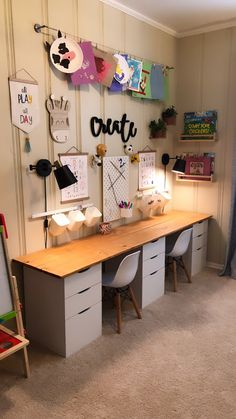 Art Desk Ikea, Ikea Kids Desk, Ikea Kids Playroom, Boys Desk, Toddler Playroom, Playroom Organization, Kid Desk, Toddler Art, Organizing