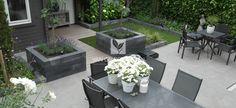 Strakke tuinaanleg moderne tuin