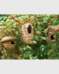 Would love to see the birdies in my backyard cozy up in these. Yard Tools, How To Attract Birds, House Yard, Bird House Feeder, Backyard Birds, Enchanted Garden, Garden Supplies, Amazing Gardens, Garden Art