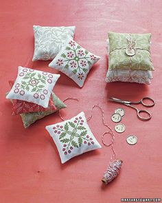 Patterned Sachets Sweet-looking and sweet-smelling drawer sachets are easy to make using a photo-editing program and printable fabric. How to Make the Patterned Sachets