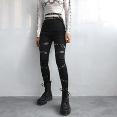 Grunge Outfits, Edgy Outfits, Cute Outfits, Fashion Outfits, Fashion Boots, Style Grunge, Grunge Look, 90s Grunge, Punk Fashion