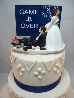 GAME OVER PlayStation Funny Wedding Cake Topper Video Game Groom's (Personalize Your Names) Gamer Gaming Junkie Brown Hair Awesome - Deko Hochzeit - wedding details Funny Wedding Cake Toppers, Unique Cake Toppers, Unique Cakes, Gamer Wedding Cake, Wedding Games, Western Wedding Cakes, Themed Wedding Cakes, Wedding Topper, Unique Wedding Cakes
