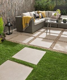 Discover stunning floor tiles, suitable for use in all outdoor areas of your home. Bring your dream outdoor flooring to life, using our high-quality tiles. Terrace Tiles, Garden Tiles, Garden Paving, Backyard Patio, Backyard Landscaping, Modern Backyard, Backyard Ideas, Back Gardens, Outdoor Gardens