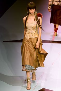 Christian Lacroix Fall 2002 Ready-to-Wear Fashion Show - Christian Lacroix, Jeisa Chiminazzo