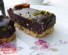 tarte au chocolat et confit de pistache