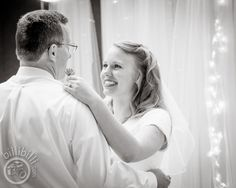 Father Daughter dance <3 #bride #groom #Arkansaswedding #NWA #photographer www.billibilli.com Father Daughter Dance, Southern Weddings, Arkansas, Bride Groom, Summer Wedding, Couple Photos, Photography, Fotografie, Photograph