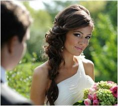 Coiffure mariage : ♥Gorgeous wedding hair style ♥ - wedding and engagement photo Side Swept Hairstyles, Bride Hairstyles, Down Hairstyles, Pretty Hairstyles, Wedding Hairstyles Side, Brunette Wedding Hairstyles, Wedding Hair Brunette, Hairstyle Wedding, Hairstyles 2016