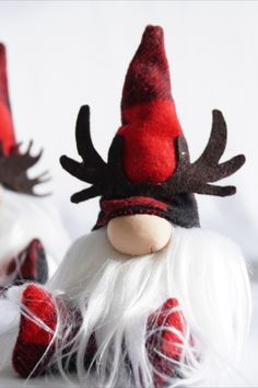 Christmas Fabric Crafts, Christmas Projects, Holiday Crafts, Holiday Fun, Christmas Decorations, Christmas Ornaments, Christmas Gnome, Winter Christmas, Scandinavian Gnomes