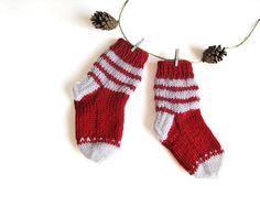 Knit kids socks hand knit christmas baby socks by MiaPiccina, $14.00