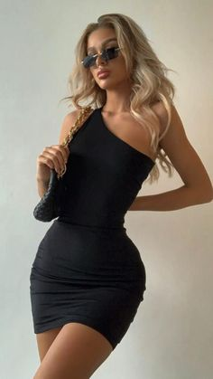 Cute Casual Outfits, Pretty Outfits, Pretty Dresses, Summer Outfits, Traje Cowgirl, Club Dresses, Short Dresses, Women's Dresses, Bon Look