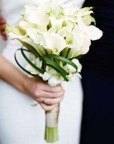 Trendy Wedding Bouquet Ideas - MODwedding
