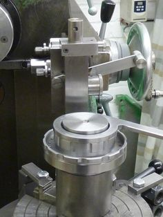 Anyone use a slotting saw to manually cut lathe dial lines?... - Page 2
