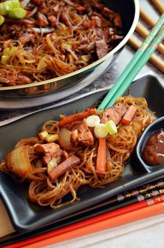 Learn what are Chinese Meat Cooking Meat Recipes, Asian Recipes, Cooking Recipes, Ethnic Recipes, Smoothie Fruit, Good Food, Yummy Food, Hungarian Recipes, Pot Roast