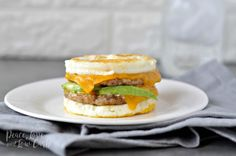 Weight Loss Diet Low Carb Create your own homemade version of Egg Mcmuffin with Keto McMuffin Sausage and Egg Breakfast Sandwich. A delicious and high protein breakfast to start your day. Low-carb and Keto. Breakfast Carbs, High Protein Breakfast, Breakfast Recipes, Sausage Breakfast, Ketogenic Breakfast, Paleo Breakfast, Breakfast Ideas, Breakfast Sandwiches, Keto Foods